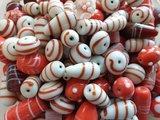 Glaskralen mix Semi Fancy rood en wit - kralen hobby volwassenen ca. 1000 gram_