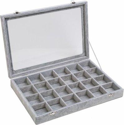Sieradendoos / Opbergbox Grijs velours met deksel 24 vaks / sieraden display