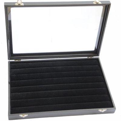 Display ringen met deksel zwart velours