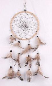 Dromenvanger / Dreamcatcher bruin met touw en parelhoen veren
